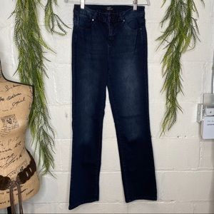 Free to Be by Earl Dark Wash Jeans NWOT Size 10